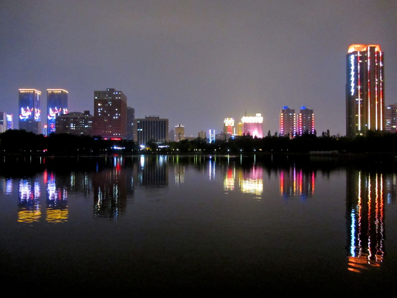 太原二青会城市景观照明亮化美化工程